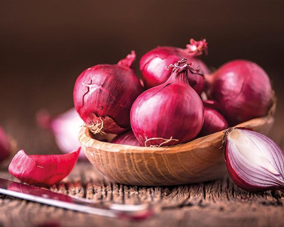 Red Onion In Tuting